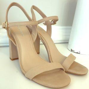 Gianni Bini light tan block heel sandals
